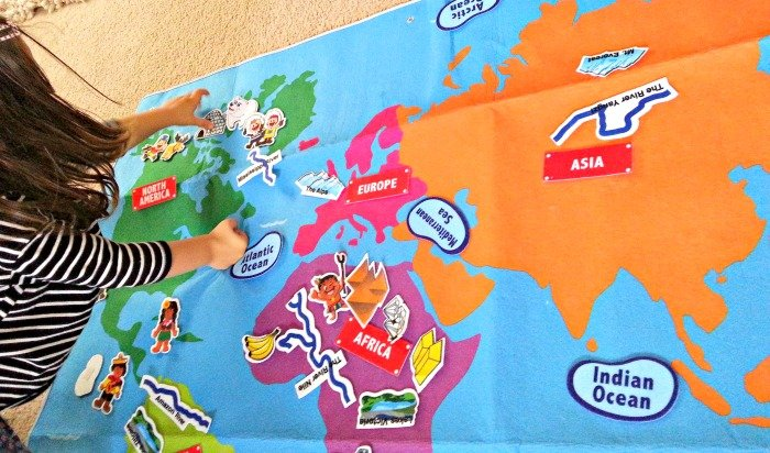 learning-about-the-continents-montessori
