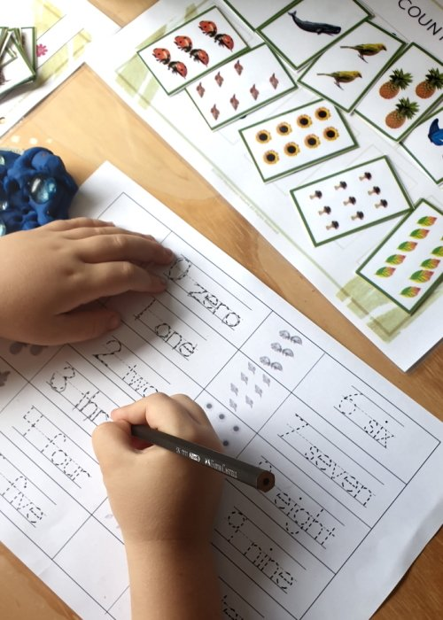 Tracing numbers - math activity